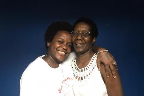 A cantora conta que recebeu apoio da mãe, Eunice