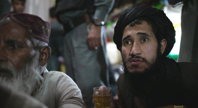Os prisoneiros na ala seis foram condenados por atuar em vários papéis para o Talebã