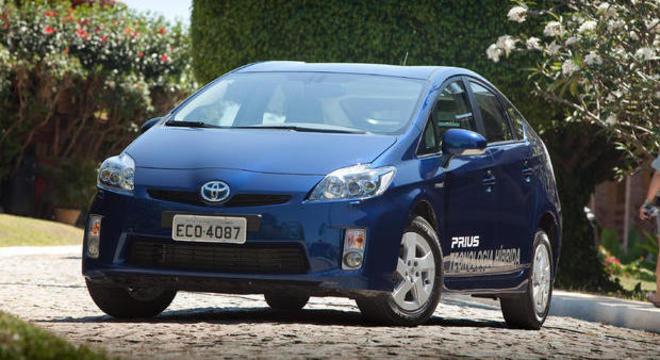 Toyota Prius 2014/2015 envolvido em recall de 341 unidades envolvidas na campanha