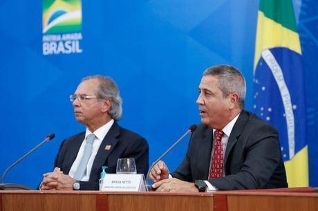 Ministros Guedes e Braga Netto devem participar de lançamento