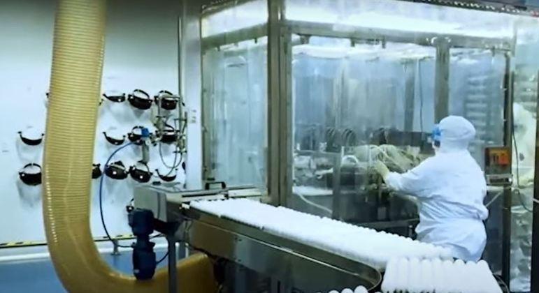 Governo estima produção de 40 milhões de doses no segundo semestre deste ano