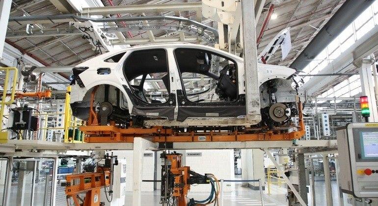 Entidade também destacou que desde o começo do ano a fabricação de veículos no país se manteve entre 190 e 200 mil carros fabricados
