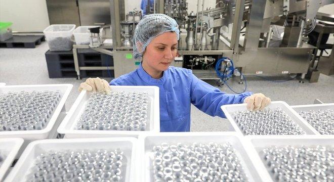 Vacina terá que se produzida para milhões de pessoas