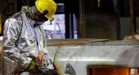 Produção industrial avança em dez  dos 15 locais analisados