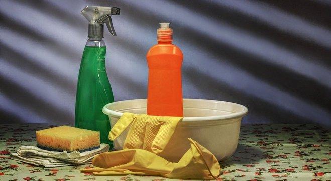 Veja alguns produtos de limpeza que você pode comprar na Amazon e receber em casa