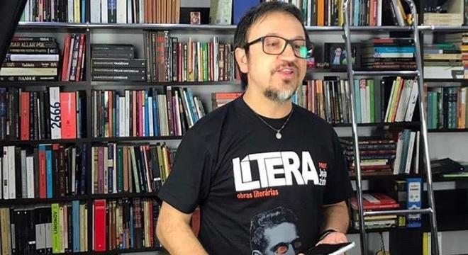"""João é dono do canal no YouTube """"LíteraBrasil"""", que conta com 125 mil inscritos"""