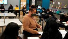 Professores reclamam do uso de máscara N95 durante as aulas