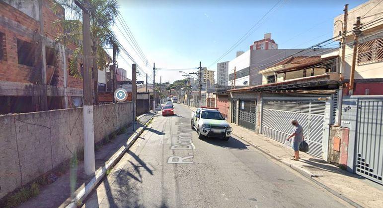 Professor morre baleado durante assalto na rua Domingos Torres, na Casa Verde