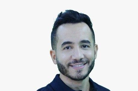 Tony Gomes é professor e youtuber