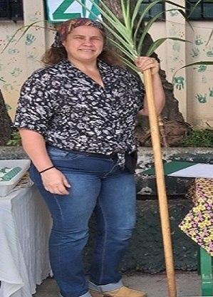 Professora Ana Marilia Dumont