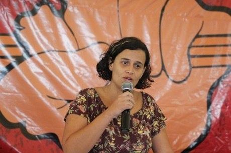 Professora Camila Marques detida pela polícia no IFG
