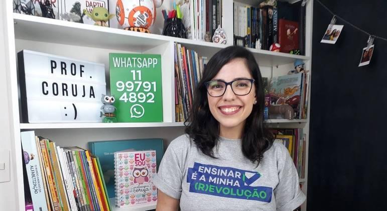 Lorena Carvalho, a Professora Coruja, ajuda outros educadores com dicas e atividades