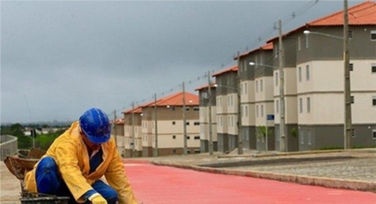 Programa Casa Verde e Amarela ficou sem dinheiro