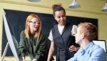 Programa impulsiona jovens de baixa renda na busca por emprego