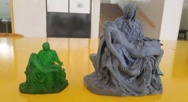 A Pietà, do italiano Michelangelo, em uma reprodução feita em impressora 3D