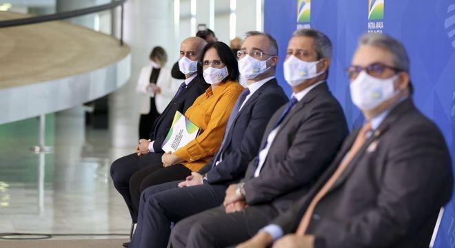 A ministra da Mulher, da Família e dos Direitos Humanos, Damares Alves, em evento