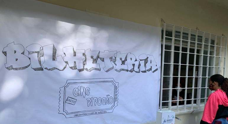 Cine Pipocão leva cinema até escola na Zona Leste da capital paulista