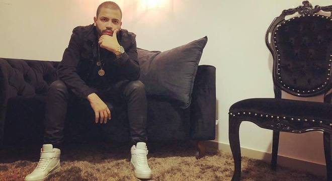 O rapper acredita que os políticos que são corruptos não vão gostar da música