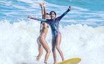 Maria Eduarda nasceu na Bahia e surfa há nove anos. Suas praias favoritas são Engenhoca, Praia do Note e Tiririca no litoral baiano. Em competições regionais ela já conseguiu um título e um vice-campeonato