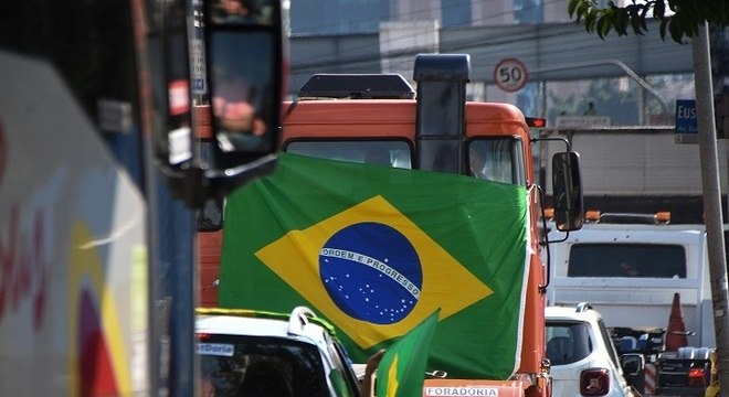 Em São Paulo, grupo pediu o fim de isolamento e saída de João Doria
