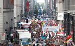 O Tribunal Administrativo Regional de Berlim havia imposto uma série de medidas, como o uso de máscara, em troca da liberação da marcha, cuja proibição havia sido solicitada tanto pela polícia quanto pelas autoridades da capital e do estado berlinenses