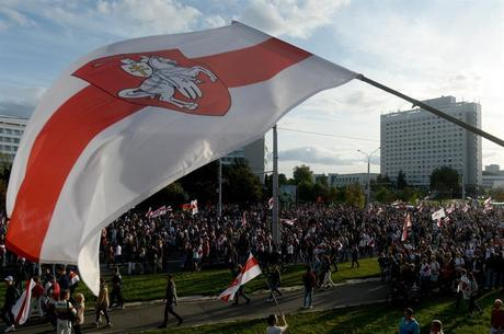 Eleições tiveram suspeita de fraude em Belarus