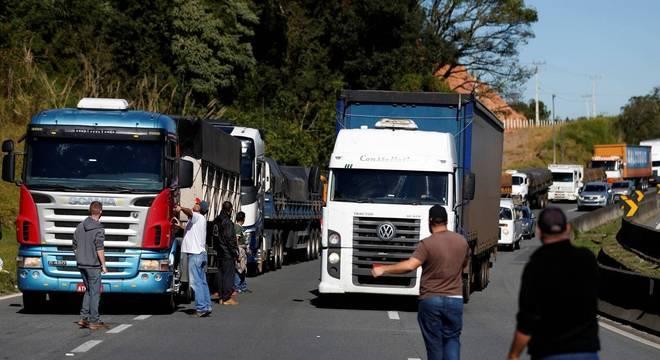 Alta do diesel é o motivo do protesto de caminhoneiros