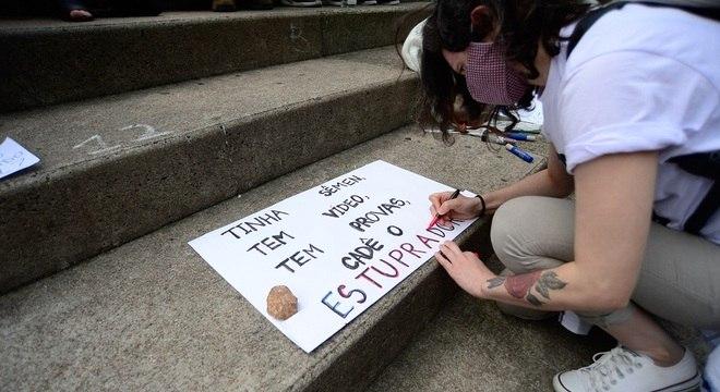 Protesto em Florianópolis após absolvição do empresário