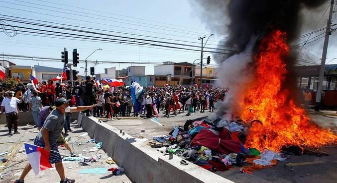 Grupo queimou os pertences de imigrantes venezuelanos
