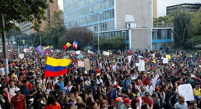 Protestos começaram na quinta-feira passada (21)