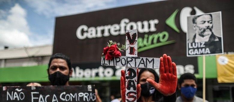 Protesto contra a morte de João Alberto, espancado por seguranças do Carrefour