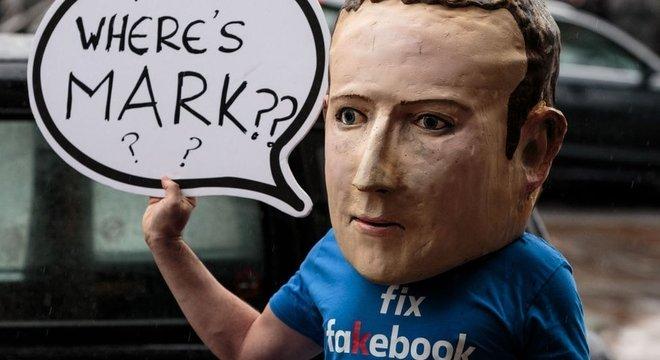Zuckerberg afirmou ao Congresso americano que problema seria resolvido com inteligência artificial
