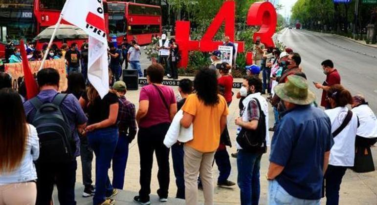 No total, 43 jovens estão desaparecidos desde 2014