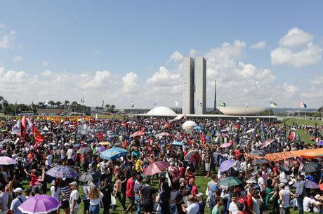 Protesto em Brasília teve discurso político