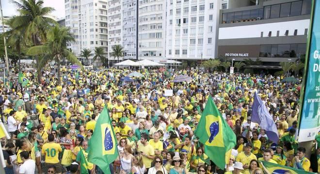 Ato em apoio ao presidente Jair Bolsonaro no Rio de Janeiro, neste domingo (26)