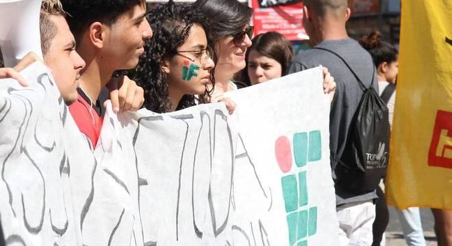 Ato pela educação pública e contra a reforma da Previdência,  em Campinas (SP)