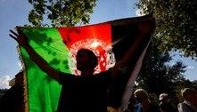 Talibãs proíbem manifestação pró-bandeira do Afeganistão