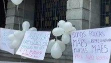 Pais protestam e sindicato lamenta novo adiamento das aulas em BH
