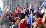Desde cedo pela manhã, apoiadores de Trump foram às ruas que levam à Freedom Plaza, ao lado da Casa Branca, usando chapéus e camisetas da campanha eleitoral do republicano