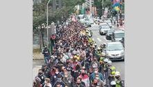 Funcionários da Fundação Casa fazem protesto na avenida Paulista