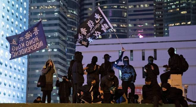 O Parlamento chinês aprovou legislação de segurança em meio a protestos