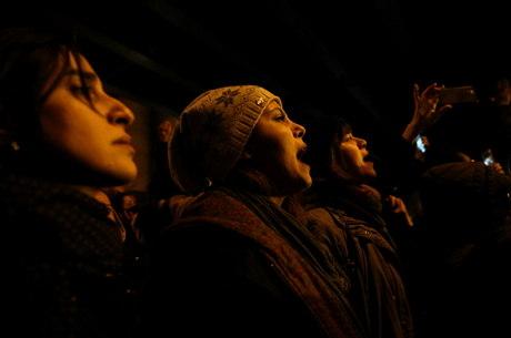 Manifestantes vão às ruas do Irã pelo segundo dia