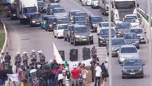Após 4h30, pistas da Marginal Tietê são liberadas depois de protesto