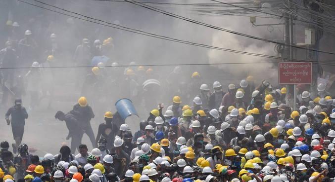 Cerca de 20 manifestantes foram feridos; três estão em estado grave