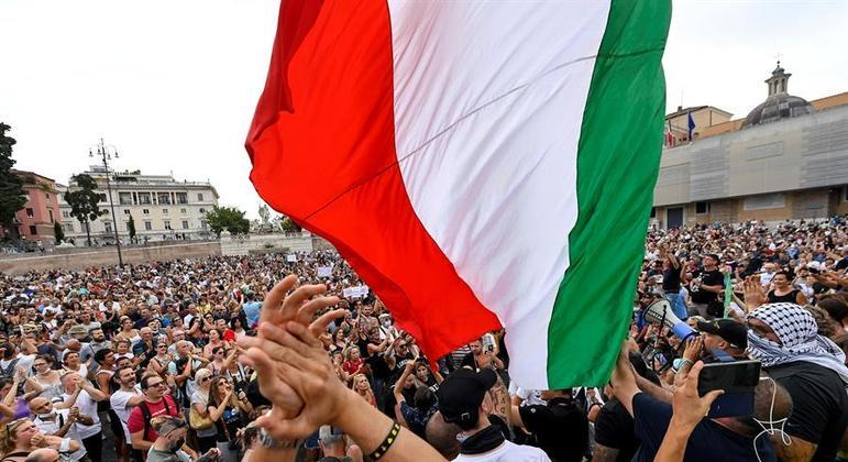 Protesto nas ruas de Roma, na Itália