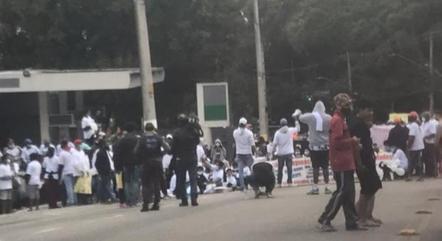 Moradores de Paraisópolis fazem protesto