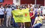 O ato reivindica a vacinação contra a covid-19 de toda a população, a volta do Manifestantes se reúnem em Ribeirão Preto pedindo a saída do presidente Jair Bolsonaro da presidência