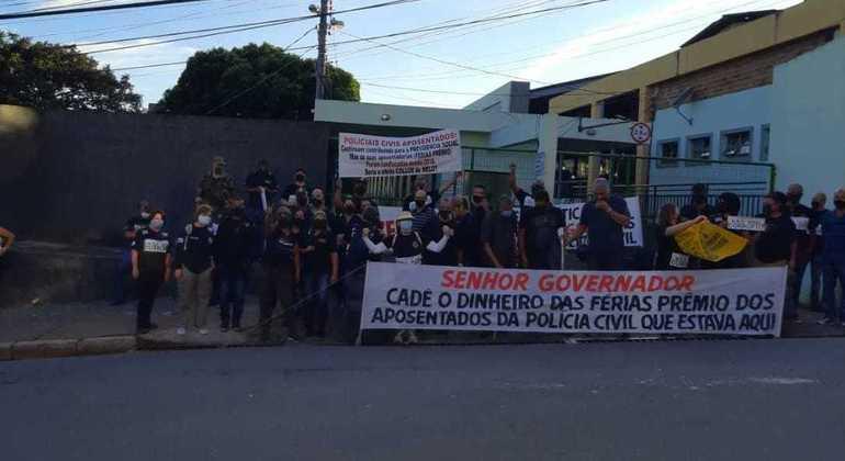 Ato foi realizado em frente ao Detran, no bairro Gameleira, região Oeste da capital mineira