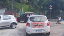 Manifestantes protestam contra retorno das aulas presenciais em SP