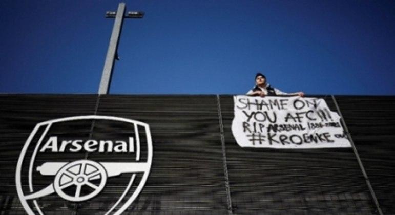 Protesto - Superliga Europeia